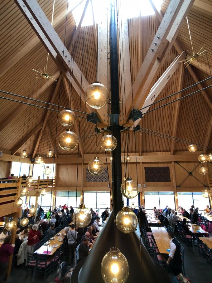 北歐四國鐵道旅遊 | 出發奧斯陸機場,看看北歐帝王蟹、追逐北角的太陽。Day 6 @林飛比。玩美誌