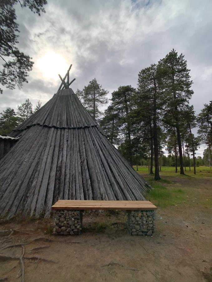 北歐四國鐵道旅遊 | 探索芬蘭原住民「薩米人文化Sami」&見見聖誕老公公的毛孩-馴鹿。Day 7 @林飛比。玩美誌
