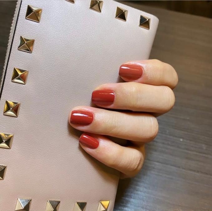 桃園美甲店光療造型參考分享 | EOS nails salon feat. Ivy @林飛比。玩美誌