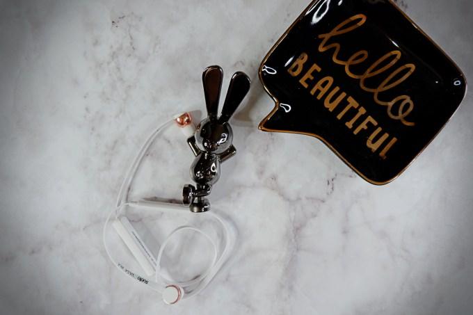 耳機|瑞典品牌 SUDIO。VASA BLÅ 藍芽耳機 @林飛比。玩美誌